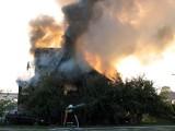 Bielsk Podlaski - Pożar ulica Parkowa. Ucierpiały dwie osoby (zdjęcia, wideo)