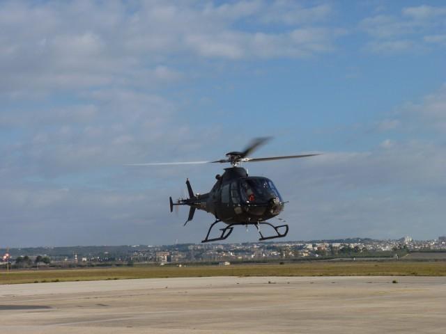 Pierwszy lot zdalnie pilotowanego śmigłowca SW-4 Solo odbył się 15 grudnia na lotnisku Taranto-Grottaglie