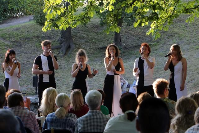 Koncert zespołu 5/6 odbył się na plenerowej scenie na Górze Zamkowej w Grudziądzu.