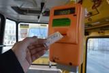 Jeśli autobus lub tramwaj utknie w korku, kontroler mandatu nie wystawi