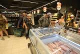 Promocje do 90 proc. na październik 2021 w sklepach Biedronka, Lidl, Kaufland, Netto, Aldi, Auchan, POLOmarket. Na co są największe rabaty?