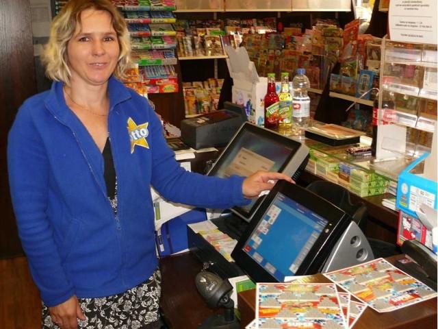 - Wcześniej najwyższa wygrana u nas to było 20 tys. zł, a teraz główna nagroda w Mini Lotto – cieszy się Beata Woźniak.