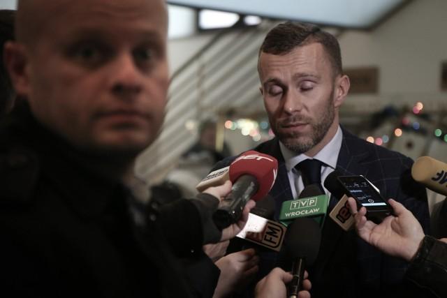 Michał Janicki ponownie stanie przed sądem pod zarzutem korupcji.