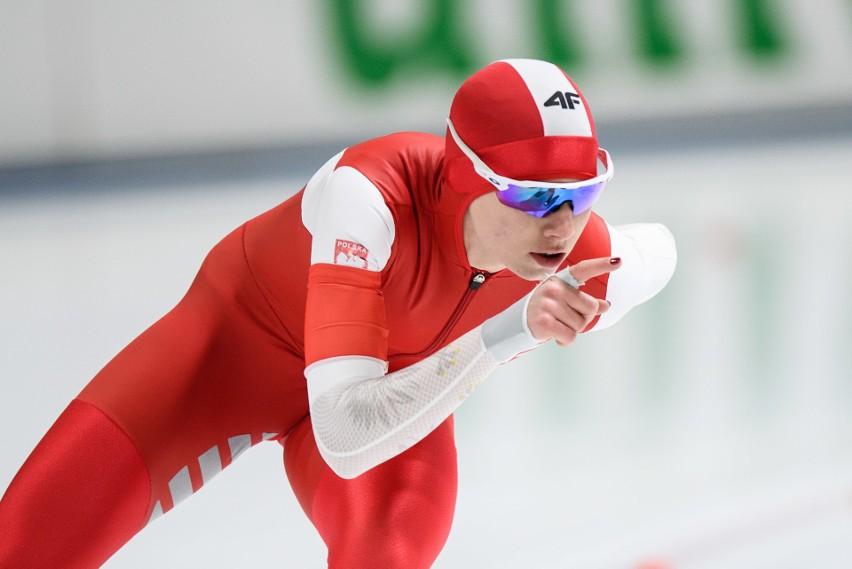 Karolina Bosiek wraz z koleżankami stanęła na podium zawodów...
