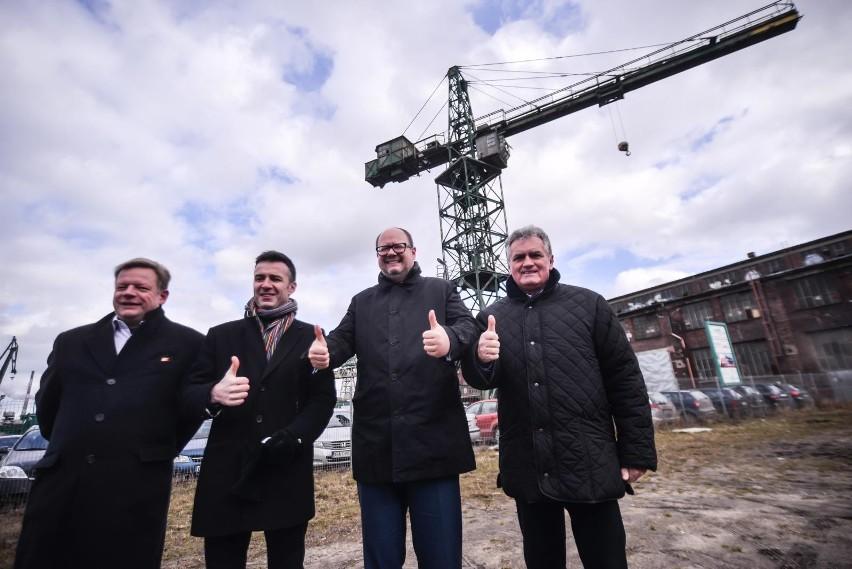 Konkurs na oświetlenie dźwigu Stoczni Gdańsk ogłoszono w piątek, 16 marca 2018 r.