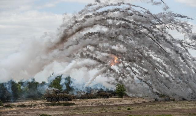 Ćwiczenia taktyczne z wojskami Dragon 21 na poligonie w Nowej Dębie.