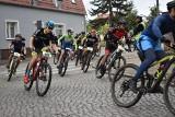 Ruszył kolejny etap rajdu Grand Prix Kaczmarek Electric MTB 2020 w Krośnie Odrzańskim. 300 rowerzystów na starcie!