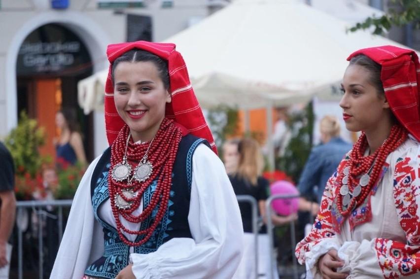 Podlaska Oktawa Kultur 2016. Batsanyi Tancegyuttes, Klumpe i Vyčiai