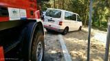 Auto zakopało się w piasku w Bieruniu. Interweniowali strażacy ZDJĘCIA