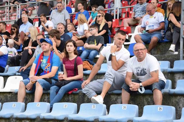 Kibice podczas meczu Odra Opole - Olimpia Grudziądz.