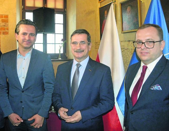 Tuż przed Bożym Narodzeniem dowiemy się, czy powstanie w radzie sformalizowana koalicja. Szykują się rozmowy między Robertem Wardzałą (z prawej) a Tomaszem Olszówką (z lewej)