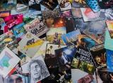 Black Friday 2020: W jakich sklepach kupisz płyty gwiazd w najniższej cenie? Sprawdź PROMOCJE na najpopularniejsze albumy