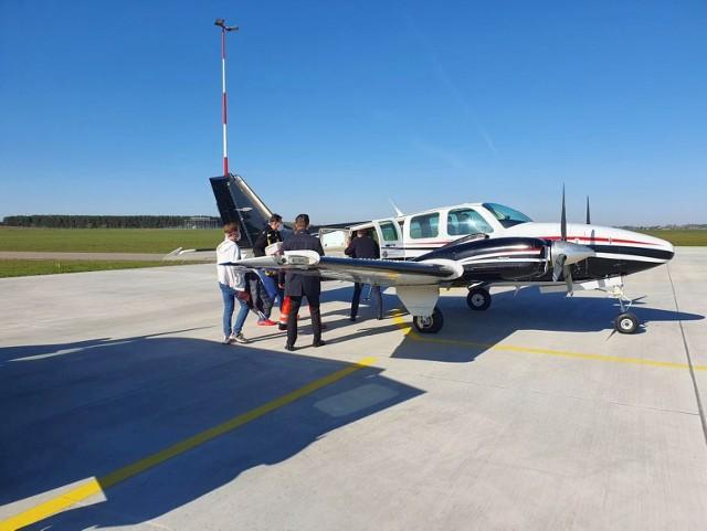 Na lotnisko w Suwałkach przyleciał samolot po serce do transplantacji
