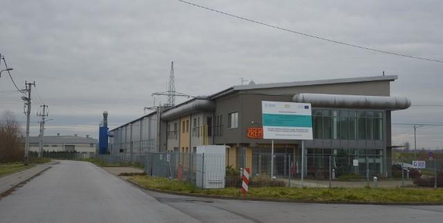 Wjazd na teren do Nowobrzeskiego Obszaru Gospodarczego. Na pierwszym planie odlewnia firmy Hidrostal (dawniej Zrembu).