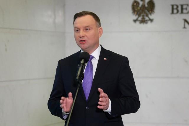 """Prezydent Andrzej Duda podpisał Kartę Rodziny. """"To ochrona dzieci przed obcą ideologią"""""""