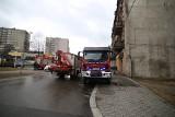 Katastrofa budowlana w Bytomiu: Zawaliła się część kamienicy. Runęła przy ul. Krakowskiej. Strażacy zabezpieczają gruzy