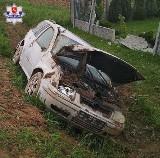 Wypadek w Biszczy: Uniknął zderzenia z sarną, ale... rozbił się na betonowym ogrodzeniu (FOTO)