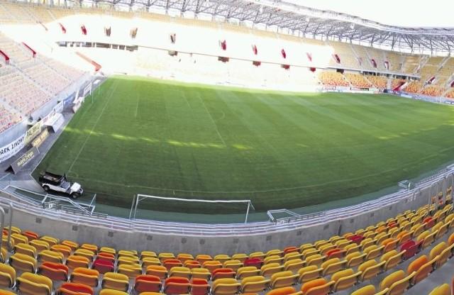 Stadion miejski w Białymstoku jak Rynek Kościuszki