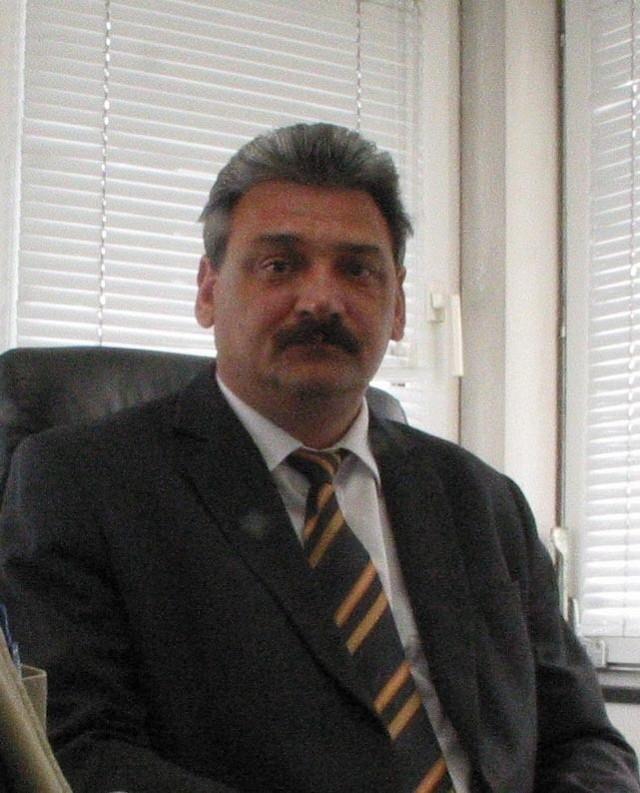 Prezes Mirosław Marciniak od końca września przebywa na miesięcznym zwolnieniu lekarskim.