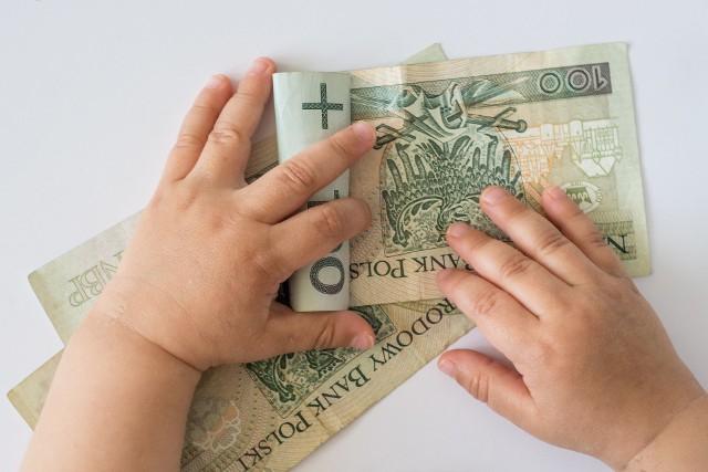 500 plus zostanie odebrane rodzicom, którzy pobierają jednocześnie niemieckie świadczenie Kindergeld.