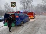 Druhowie z Rusocic wsparli strażaków gaszących pożar krakowskiego archiwum. Dostarczyli im wodę pitną