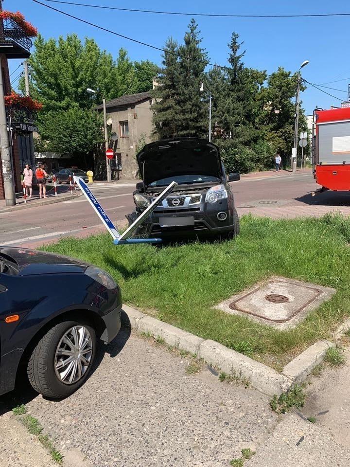W zdarzeniu brały udział dwa pojazdy