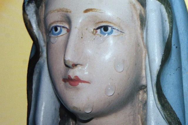 Figura płakała 101 razy. Ostatni raz łzy popłynęły 9 września 2007 roku.