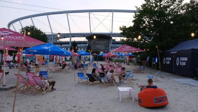 Tauron Silesia Beach, czyli plaża na Stadionie Śląskim. To stąd w sobotę będzie można oglądać spadające gwiazdy