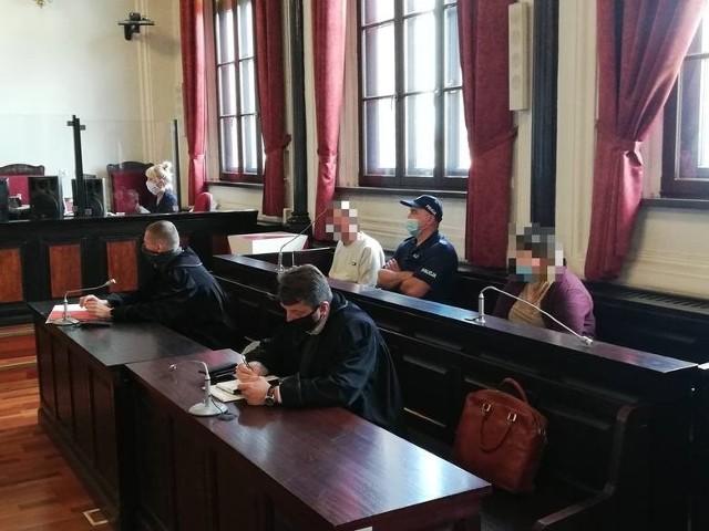 Katarzyna F. i Daniel B. zostali uniewinni od zarzutu doprowadzenia 3-latka do śmierci w związku z podaniem mu leku nasennego. Wyrok jest nieprawomocny.
