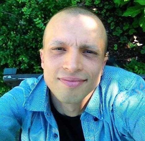 Mikołaj Jaskółka, 36-letni didżej i producent muzyczny z podoświęcimskiej Brzezinki, walczy z chłoniakiem. Liczą się czas i każda złotówka.