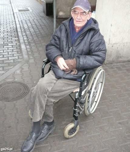Po sukcesach w latach '80 przyszły dla Mariana Bęćkowskiego gorsze lata. Miał problemy ze sobą, ze swoim zdrowiem. Poruszał się na wózku, mieszkał sam.