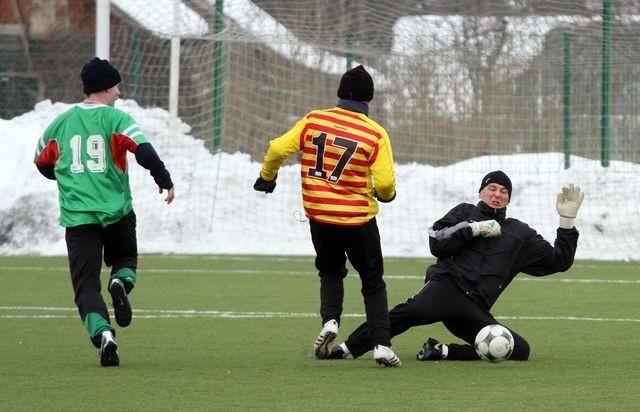 Zimowe warunki stanęły na przeszkodzie piłkarzom z Młodej Ekstraklasy