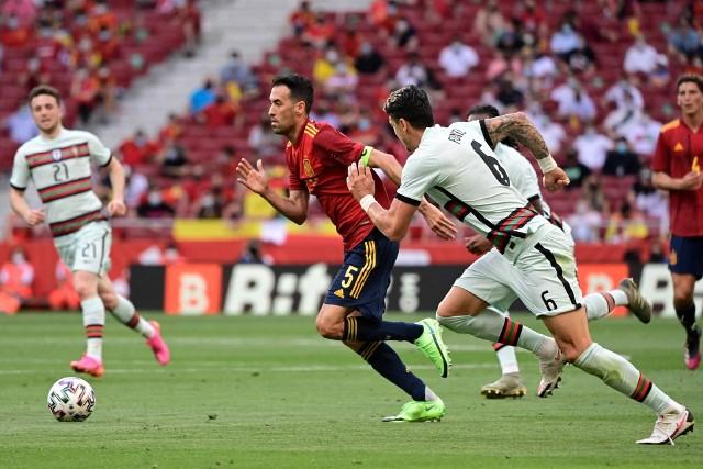 Sergio Busquets nie jest jedynym Hiszpanem, który nabawił się Covid-19 w trakcie zgrupowania reprezentacji Hiszpanii
