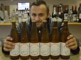 """Suchedniowskie piwo """"Staromłyńskie"""" trafiło do sprzedaży. Gdzie je kupić i ile kosztuje?"""