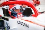 Robert Kubica utknął w żwirze podczas treningu przed Grand Prix Hiszpanii. Trzeba było przerwać sesję