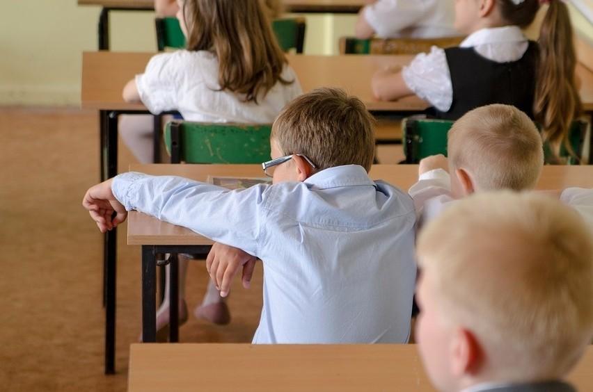 Świętokrzyscy uczniowie zakończyli rok szkolny i rozpoczęli wakacje