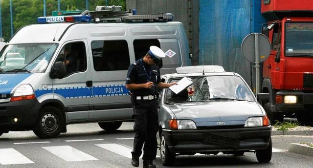 Co dziesiąta ofiara polskich dróg ginie na pasach dla pieszych. Czy to się zmieni?