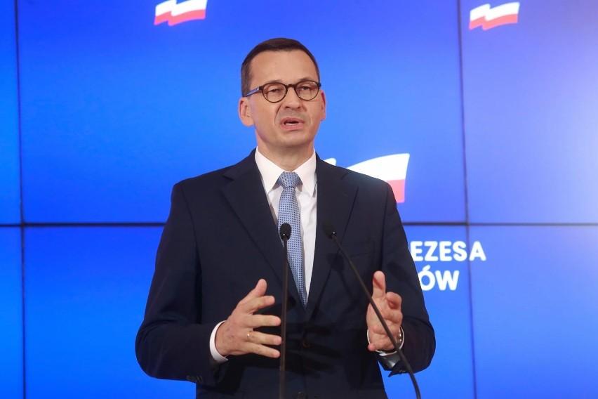 """Premier podał harmonogram Polskiego Ładu. """"10 projektów na..."""