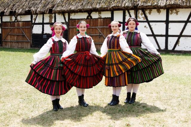 """Eurowizja 2019. Tulia i polska piosenka """"Pali się - Fire of Love"""" będzie czwarta w półfinale 1."""