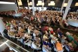 Na Stadionie Wrocław trwa trzydniowy kongres świadków Jehowy (ZDJĘCIA)