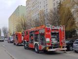 Tragedia w Inowrocławiu. W zadymionym mieszkaniu strażacy znaleźli ciało