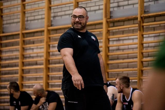 Trener AZS AGH Kraków Wojciech Bychawski wierzy, że przebudowany zespół udanie wystartuje w I lidze