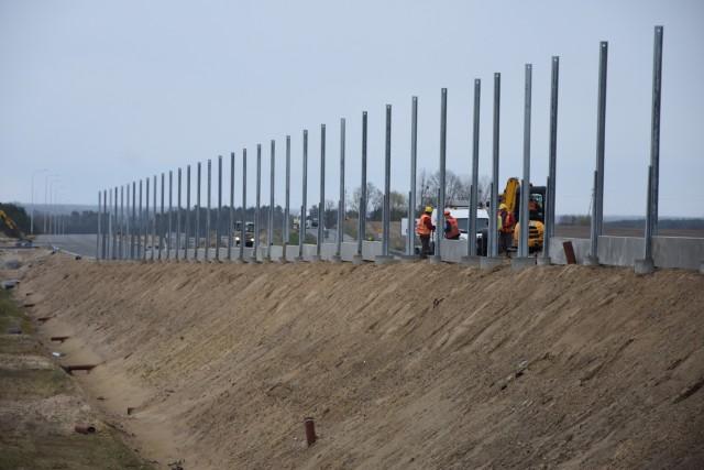Migawki z placu budowy S-5 między Białymi Błotami, a Szubinem.