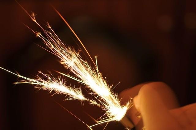 Sylwester 2014/2015. Uwaga na petardy, rakiety, baterie i rzymskie ognie