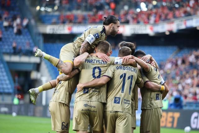 Pogoń Szczecin wygrała z Wisła Kraków 1:0.