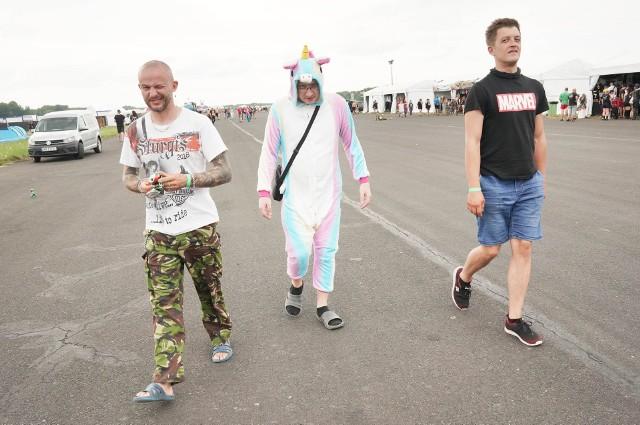 Na lotnisku Makowice-Płoty w województwie zachodniopomorskim rozpoczął się Pol'and'Rock Festival 2021. Relacje z Przystanku Woodstock codziennie w serwisie GLOSWIELKOPOLSKI.PLABY PRZEJŚĆ DO NASTĘPNEGO ZDJĘCIA KLIKNIJ TUTAJ ---->