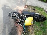 W Tyczynie motocykl zderzył się z samochodem osobowym. Jedna osoba ranna [ZDJĘCIA INTERNAUTY]