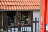 Pożar mieszkania na ulicy Jeziornej w Sępólnie. Zginęły dwa psy [zdjęcia]