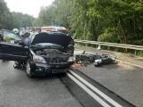 Tragiczny wypadek w Małej Karczmie 26.09.2020 r. Samochód zderzył się z motocyklem. Nie żyje jedna osoba