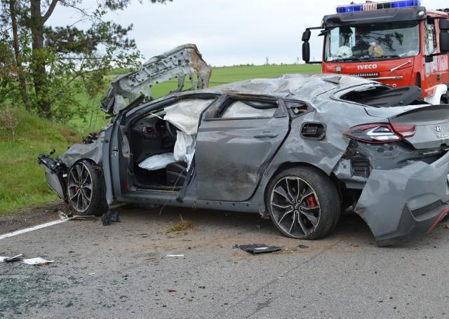 Wypadek na DK 20 koło Wygody. 30-latka straciła prawo jazdy, jedna osoba ranna.